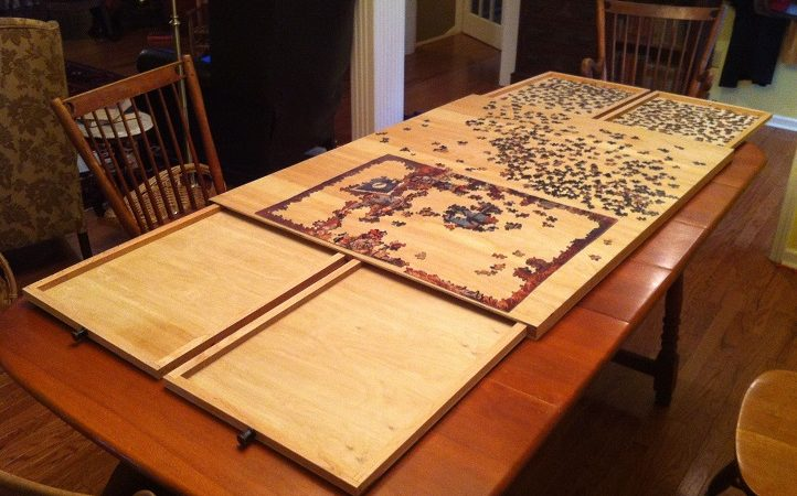 How do you use a puzzle board